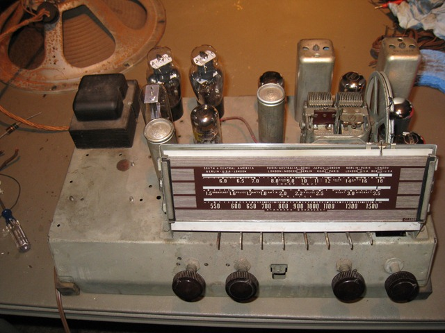 Check Out My 1940 Philco 40 190 Antique Radio